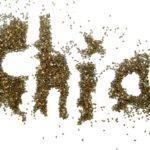 Chia, czyli szałwia hiszpańska. Jakie ma właściwości? Do czego jej użyć? 3 propozycje podania