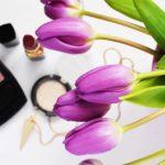 Kosmetyki do makijażu w Rossmannie – co kupić z dobrym składem?