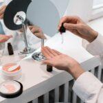 Kwas azelainowy i azeloglicyna – jak działa, na jakie problemy pomaga? Przegląd kosmetyków!